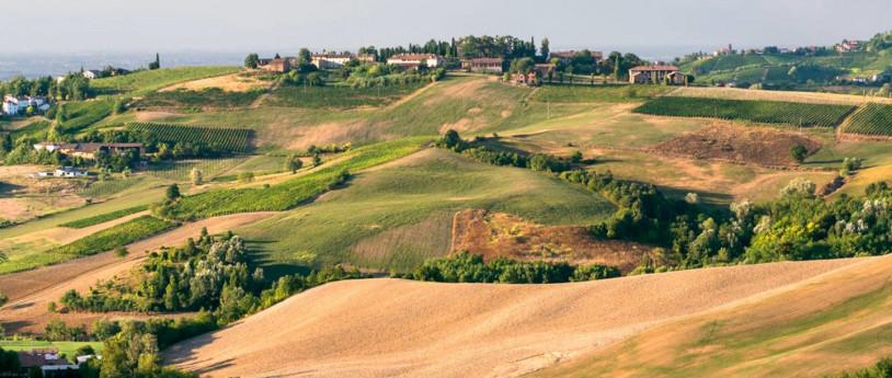 In moto per le colline dell'Oltrepò Pavese