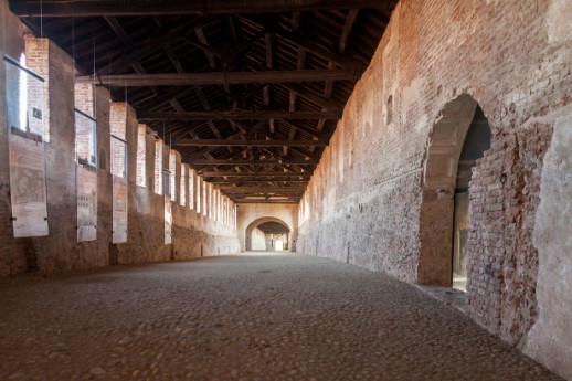 Castles Pavia, landmarks in Lombardy