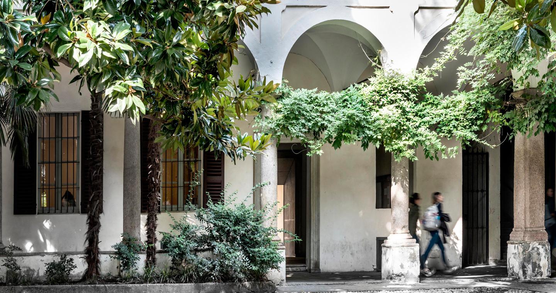 Chiostro dell'Università degli Studi di Pavia.