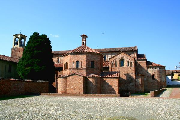 Basilica di Santa Maria Maggiore a Lomello